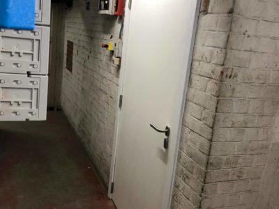 Porte en bois RF60 pour pièce avec chaudière
